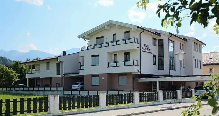 House Karonline with 2 apartments