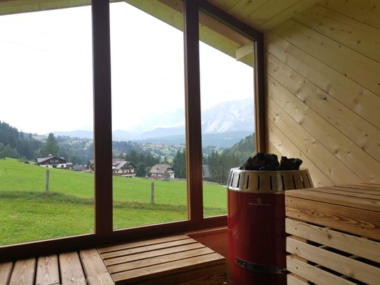 Sauna with view to the Dachstein